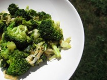 broccoli stir fry, iron, vitamin c