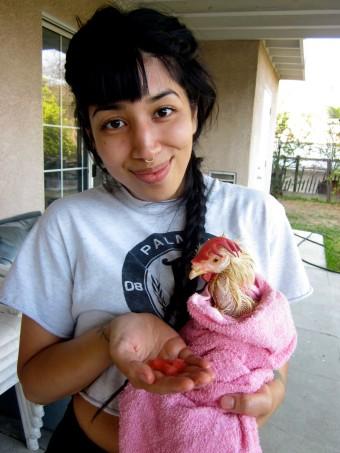 Vida Jafari and Fluke, rescued chicken from slaughterhouse