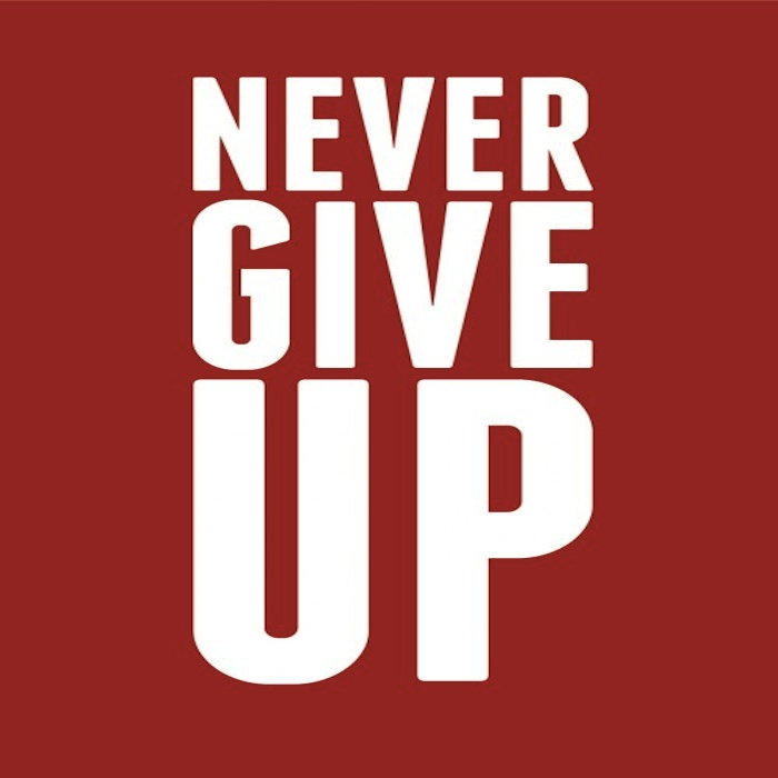 Posters-nevergiveup-700x700